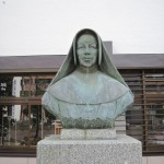 メール・ボルジア像